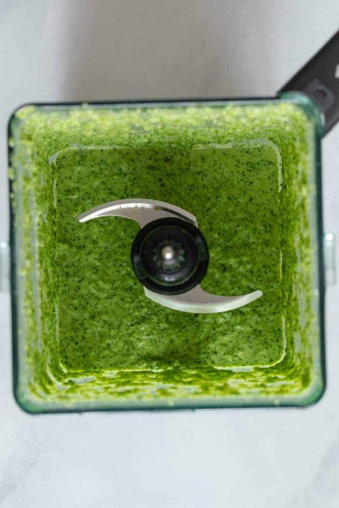 Peruvian Green Sauce in a blender